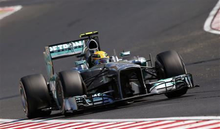 Mercedes Formula One driver Lewis Hamilton of Britain drives during the Hungarian F1 Grand Prix at the Hungaroring circuit in Mogyorod, near Budapest July 28, 2013. REUTERS/Laszlo Balogh