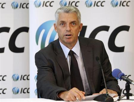 ICC Chief Executive David Richardson reads a statement after the Court of Arbitration for Sport (CAS) released its written decision relating to former Pakistani cricketers Mohammad Asif and Salman Butt in Dubai April 23, 2013. REUTERS/Nikhil Monteiro
