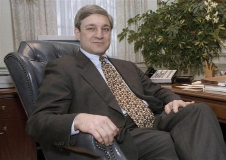 Penn State University ex-President Graham Spanier poses in his office in the Old Main building in State College, Pennsylvania, in this February 26, 1997 file photo. REUTERS/Craig Houtz/Files