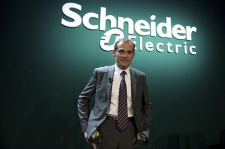 Jean-Pascal Tricoire, CEO of French engineering group Schneider Electric, poses for the media before the company's shareholders meeting in La Defense, near Paris, April 23, 2009. REUTERS/Gonzalo Fuentes