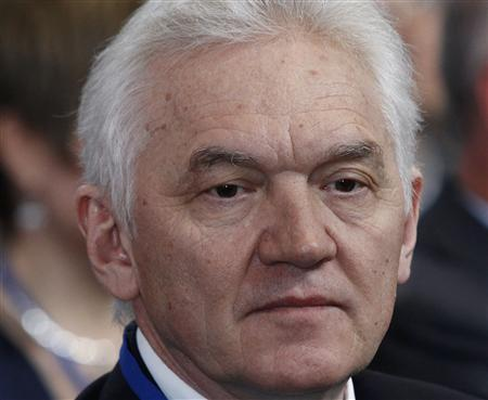 Businessman Gennady Timchenko looks on during his visit to the Russian Geographical Society in St. Petersburg April 10, 2012. REUTERS/Alexander Demianchuk