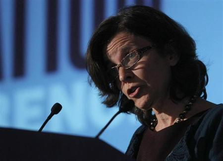 Federal Reserve Board Governor Sarah Bloom Raskin delivers a speech entitled ''Mortgage Servicing Issues'' before the National Consumer Law Center conference in Boston, Massachusetts November 12, 2010. REUTERS/Brian Snyder/Files