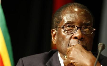 Zimbabwe's President Robert Mugabe listens at the opening of the summit of the Southern African Development Community (SADC) in Johannesburg, August 16, 2008 file photo. REUTERS/Mike Hutchings
