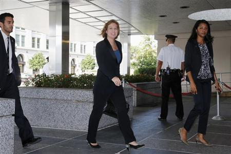 Israel's Justice Minister Tzipi Livni (C) arrives for talks with chief Palestinian negotiator Saeb Erekat and U.S. Secretary of State John Kerry at the State Department in Washington, July 30, 2013. REUTERS/Jonathan Ernst