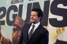 "Actor Mark Wahlberg arrives for the premiere of the movie ""2 Guns"" in New York, July 29, 2013. REUTERS/Carlo Allegri"