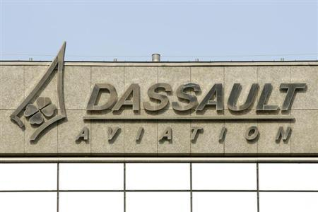 The logo of French airplanes maker Dassault Aviation is seen on Dassault Aviation headquarters before a news conference to present the company's 20011 annual results in Saint Cloud, Paris suburb, March 22, 2012. REUTERS/Benoit Tessier