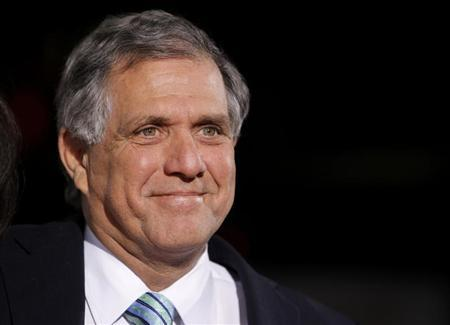 CBS chief executive officer Les Moonves arrives at the premiere of CBS Film's ''Extraordinary Measures'' at Grauman's Chinese Theatre in Hollywood, California, January 19, 2010. REUTERS/Danny Moloshok