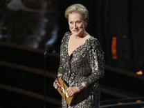 Actress Meryl Streep presents the Oscar for best actor at the 85th Academy Awards in Hollywood, California, February 24, 2013. REUTERS/Mario Anzuoni