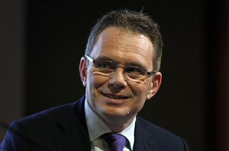 BHP Billiton's newly appointed chief executive officer Andrew Mackenzie smiles during a media conference in Sydney February 20, 2013. REUTERS/Daniel Munoz