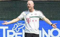 Diretor esportivo do Bayern de Munique, Matthias Sammer, durante treino em Arco, norte da Itália, 6 de julho de 2013. Depois de erguer três troféus na temporada passada, o Bayern de Munique se vê em condições de chegar a cinco títulos e se tornar o primeiro time a conquistar duas vezes seguidas a Liga dos Campeões desde que a competição europeia adotou o atual formato, há 20 anos, disse o diretor esportivo Matthias Sammer na quarta-feira. 06/07/2013 REUTERS/Alessandro Garofalo