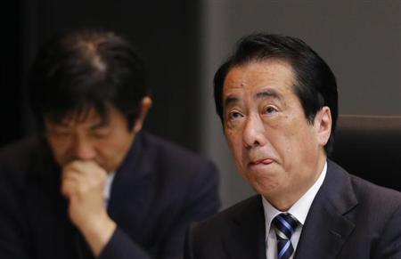Former Prime Minister Naoto Kan attends a parliamentary committee looking into the Japanese response to last year's nuclear disaster in Fukushima, in Tokyo May 28, 2012. REUTERS/Kim Kyung-Hoon/Files