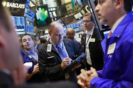 Traders work on the floor of the New York Stock Exchange August 9, 2013. REUTERS/Shannon Stapleton