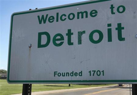 A 'Welcome to Detroit' border sign is seen as traffic enters Detroit, Michigan August 3, 2013. Picture taken August 3, 2013. REUTERS/Rebecca Cook