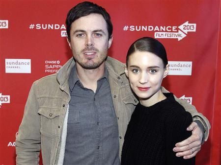 Cast members Casey Affleck and Rooney Mara pose at the premiere of ''Ain't Them Bodies Saints'' during the Sundance Film Festival in Park City, Utah in this file photo taken January 20, 2013. REUTERS/Mario Anzuoni/Files