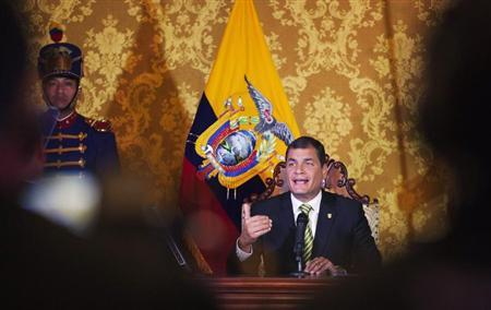 Ecuador's President Rafael Correa delivers a speech in a national broadcasting conference at Carondelet Palace in Quito August 15, 2013. REUTERS/Guillermo Granja