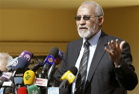 The supreme guide of Egypt's Muslim Brotherhood Mohamed Badie speaks during a news conference at the Brotherhood's main office in Cairo in this December 8, 2012 file photo. REUTERS/Amr Abdallah Dalsh/Files
