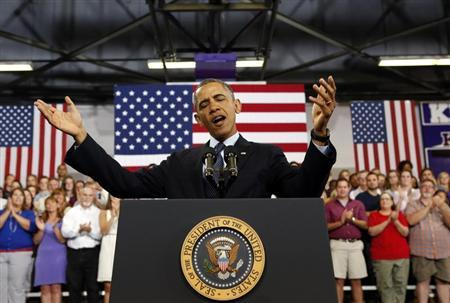 U.S. President Barack Obama speaks about the economy during a visit to Knox College in Galesburg, Illinois July 24, 2013. REUTERS/Kevin Lamarque