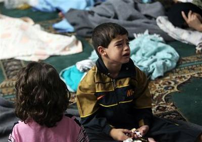 Syria gas 'kills hundreds,' Security Council meets