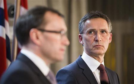 Norway's Prime Minister Jens Stoltenberg (R) and Minister of Foreign Affairs Espen Barth Eide speaks about the hostage situation in Algeria during a news conference in Oslo January 17, 2013. REUTERS/Berit Roald/NTB Scanpix