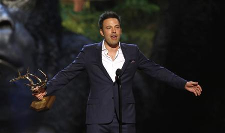 Actor and director Ben Affleck accepts the Guy of the Year award at the seventh annual Spike TV's ''Guys Choice'' awards in Culver City, California in this June 8, 2013, file photo. REUTERS/Mario Anzuoni/Files