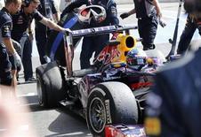 Os pneus da Pirelli foram mais uma vez alvo de polêmica na Fórmula 1, nesta sexta-feira, depois que o tricampeão mundial Sebastian Vettel teve um pneu estourado na segunda parte do treino livre para o Grande Prêmio da Bélgica. 23/08/2013. REUTERS/Francois Lenoir