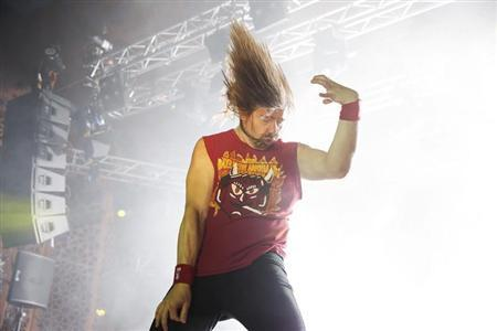 Winner Eric ''Mean Melin'' Melin of the U.S. performs during the 2013 Air Guitar World Championships in Oulu August 23, 2013. REUTERS/Timo Heikkala/Lehtikuva