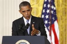 O presidente norte-americano, Barack Obama, participa de entrevista coletiva na Casa Branca, em Washington. Obama vai se reunir com seus assessores de segurança nacional na manhã deste sábado na Casa Branca para discutir relatos de que o governo sírio usou armas químicas nesta semana em um ataque a um subúrbio de Damasco, disse uma autoridade da Casa Branca em comunicado. 09/08/2013. REUTERS/Jonathan Ernst