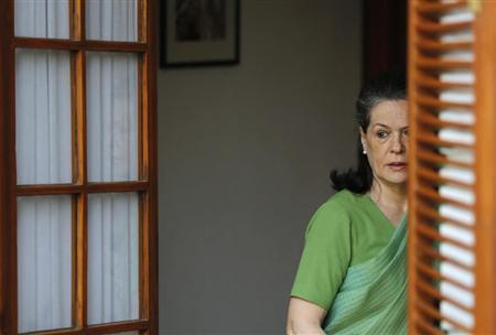 Sonia Gandhi, chief of India's ruling Congress party, waits to receive Chinese Premier Li Keqiang (not pictured) before their meeting in New Delhi in this file photo taken May 20, 2013. REUTERS/Adnan Abidi