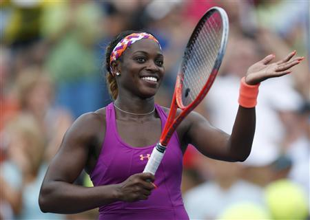 Sloane Stephens of the U.S. celebrates after defeating Mandy Minella of Luxembourg at the U.S. Open tennis championships in New York, August 26, 2013. REUTERS/Eduardo Munoz