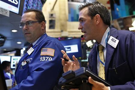 Traders work on the floor of the New York Stock Exchange August 27, 2013. REUTERS/Brendan McDermid
