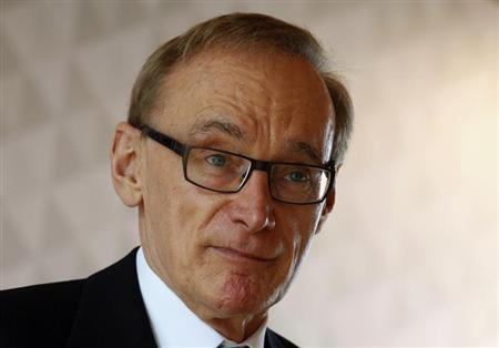 Australian Foreign Minister Bob Carr attends a luncheon held by the Australian Chamber of Commerce in Hong Kong July 26, 2013. REUTERS/Bobby Yip