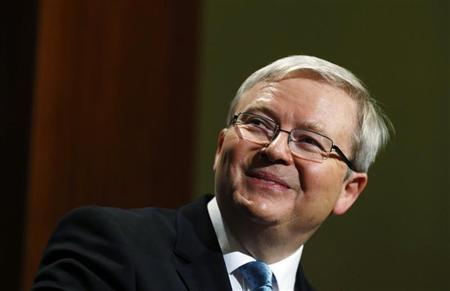 Australian Prime Minister Kevin Rudd smiles during his speech at the Lowy Institute for International Policy as part of his election campaign in Sydney August 27, 2013. REUTERS/Daniel Munoz