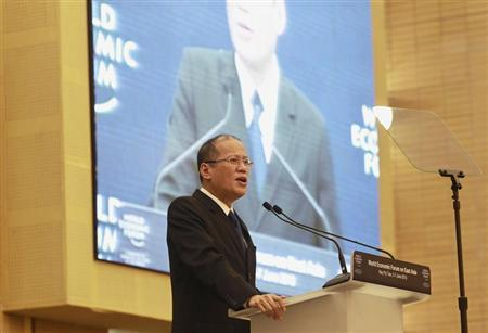 Philippine President Benigno Aquino makes a speech before the lunch ceremony, during the World Economic Forum (WEF) at the Myanmar International Convention Centre at Naypyitaw June 7, 2013. REUTERS/Soe Zeya Tun