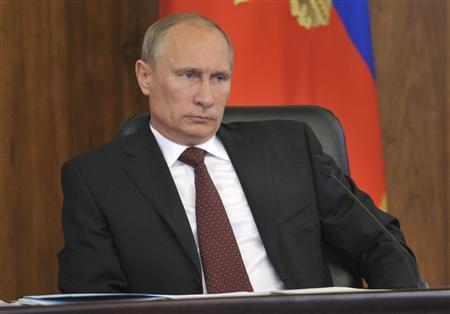 Russian President Vladimir Putin attends a meeting during his visit to Khabarovsk August 29, 2013. REUTERS/Aleksey Nikolskyi/RIA Novosti/Kremlin