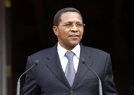 Tanzania's President Jakaya Kikwete speaks during an official welcoming ceremony at Rideau Hall in Ottawa October 3, 2012. REUTERS/Chris Wattie