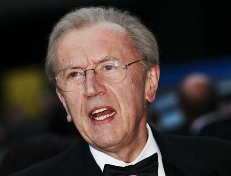 David Frost arrives for the GQ Men of the Year 2010 Awards at the Royal Opera House in London September 7, 2010. REUTERS/Luke MacGregor