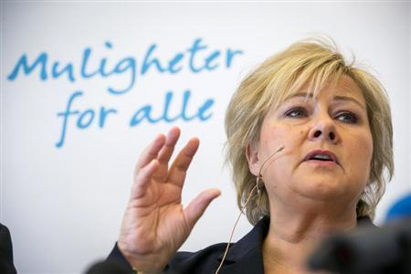 Norway's main opposition leader Erna Solberg of conservative party Hoyre answers questions during a news conference in Oslo, April 29, 2013. REUTERS/Heiko Junge/NTB Scanpix