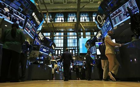 Traders work on the floor of the New York Stock Exchange September 3, 2013. REUTERS/Brendan McDermid