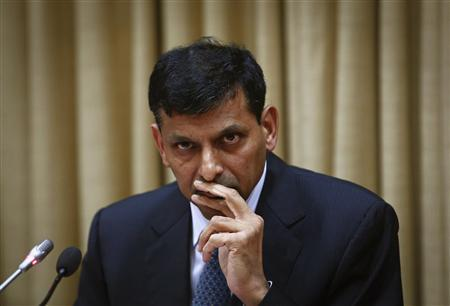 Raghuram Rajan, newly appointed governor of Reserve Bank of India (RBI), listens to a question during a news conference at the bank's headquarters in Mumbai September 4, 2013. REUTERS/Danish Siddiqui