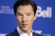 """El actor inglés Benedict Cumberbatch en una conferencia de prensa por el filme """"The Fifth Estate"""" en el Festival Internacional de Cine de Toronto, sep 6 2013. """"The Fifth Estate"""", una cinta que relata el surgimiento de la red activista WikiLeaks y retrata la figura de su enigmático fundador, Julian Assange, se estrenó en el Festival Internacional de Cine de Toronto. REUTERS/Fred Thornhill"""