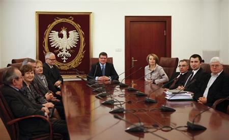 New members of the Polish Monetary Policy Council meet at the National Bank of Poland headquarters in Warsaw February 23, 2010. Jan Winiecki (L-R), Andrzej Bratkowski, Anna Zielinska-Glebocka, Zyta Gilowska, Adam Glapinski, Slawomir Skrzypek, Elzbieta Chojna-Duch, Andrzej Kazmierczak, Andrzej Rzonca, Jerzy Hausner. REUTERS/Kacper Pempel