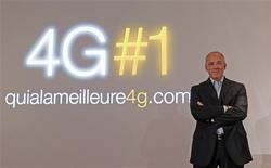 Stéphane Richard, PDG d'Orange. L'opérateur accélère le déploiement de son réseau 4G très haut débit mobile et annonce lundi la couverture de la ville de Paris et le relèvement de son objectif de couverture de la population française pour fin 2013. /Photo prise le 9 septembre 2013/REUTERS/Jacky Naegelen
