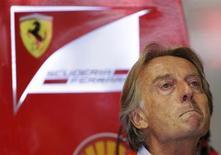 Presidente da Ferrari, Luca di Montezemolo, fotografado durante sessão de treinos para o Grande Prêmio da Itália de Fórmula 1 no circuito de Monza. Montezemolo recusou-se a responder perguntas sobre Kimi Raikkonen nesta terça-feira, em meio à crescente especulação de que o campeão mundial de 2007 pode voltar no ano que vem à equipe onde conquistou o título. 7/09/2013. REUTERS/Max Rossi