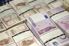 Selon un dirigeant du fonds d'investissement français BlackFin, le secteur financier européen devrait connaître une nouvelle vague de consolidation, surtout au sein des entreprises de taille moyenne, à mesure que les grandes banques continuent à rationaliser leurs activités. /Photo d'archives/REUTERS/Leonhard Foeger