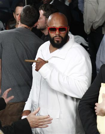 CEO of Black Kapital Records Suge Knight is seen following the Miguel Cotto and Floyd Mayweather Jr. title fight at the MGM Grand Garden Arena in Las Vegas, Nevada in this May 5, 2012, file photo. REUTERS/Steve Marcus/Files