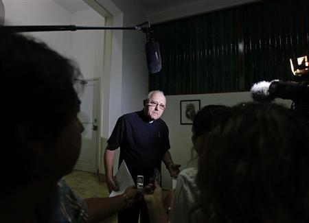 Monsignor Jose Felix Perez, executive secretary of the Cuban Bishops Conference, speaks to reporters in Havana, September 16, 2013. REUTERS/Desmond Boylan