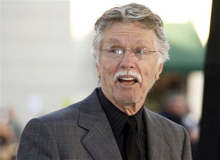 Actor Tom Skerritt poses at the premiere of his new film ''Whiteout'' in Los Angeles in this September 9, 2009 file photo. REUTERS/Fred Prouser/Files