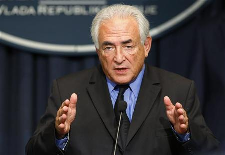 Former International Monetary Fund (IMF) chief Dominique Strauss-Kahn speaks during a news conference in the Serbian government building in Belgrade September 17, 2013. REUTERS/Marko Djurica
