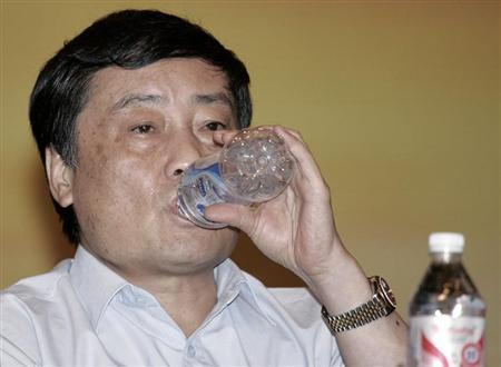 Zong Qinghou, chairman of Wahaha Group, attends a news conference in Hangzhou July 3, 2007. REUTERS/Aly Song