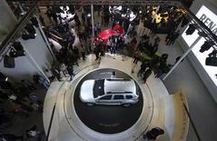 Renault signé un accord avec le groupe indonésien Indomobil pour lancer sur place le Duster, le Koleos et la Mégane RS d'ici la fin du mois. /Photo d'archives/REUTERS/Adnan Abidi